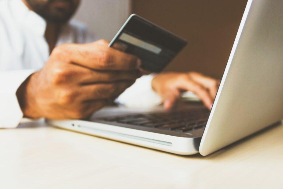 Sådan kan du låne penge over nettet